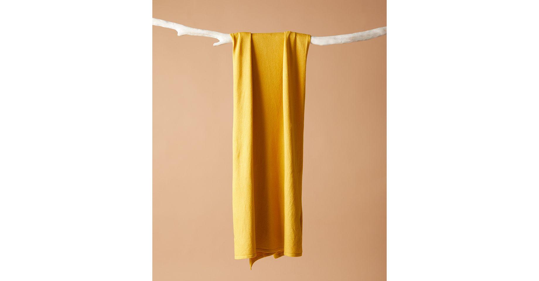 lenco-amarelo-bariloche